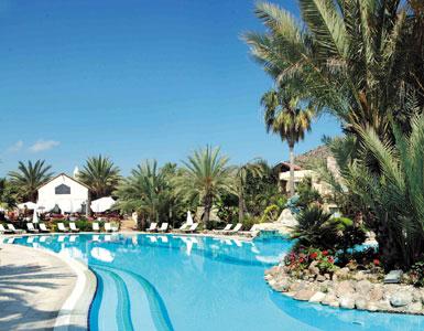 View of the pool of Palmira Hotel in Halicarnassus