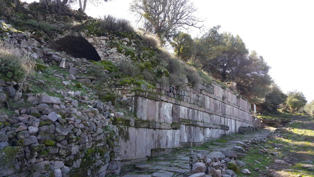 Aigai Bath